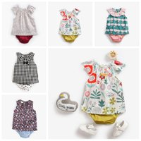 Wholesale grid girl pants resale online - Baby Girls Clothing sets Designer Newborn Outfits Grid Floral Print Girls T shirt short sleeve briefs Cute vest top shorts Pants Suits C624