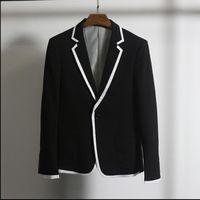 homem pequeno pequeno branco venda por atacado-M-3XL branco pequeno terno versão masculina coreana do fino seção fina dos homens casuais preto e branco paletó costura
