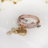 cruz de oro de china al por mayor-Anillos de corazón Alianzas de boda rellenas de oro rosa maravillosamente Venta al por mayor de China Anillos de compromiso de diamantes de oro de 18 quilates Joyas de moda Anillos de diamantes cruzados