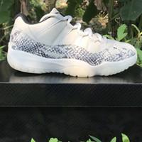 ingrosso testa di denim-Hot Designer Nuovo di alta qualità in vera pelle Mens scarpe casual piatte Hi-Top Sneakers Nero Bianco Tiger Head Snake Pattern Outdoor
