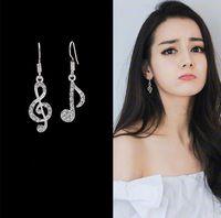 müzik notaları küpeler toptan satış-Asimetrik Kişilik Trendy Müzik Notlar Kulak Kancası Kristal Gümüş Renk Rhinestone Küpe Kadın Aksesuar Lady Dangle Küpe