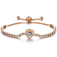 kristall herz armband großhandel-SHINY LOVE HEART ZIRCON CRYSTAL ELASTIC ARMBAND FÜR DAMEN LUXUX DIGNIFIED HEIßER VERKAUF FRAUEN-MÄDCHEN-ARMREEN-GRACE-CHARM-ARMBÄNDER-SCHMUCK