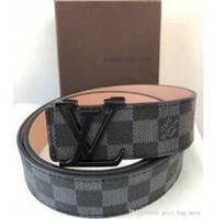 1a40c98979 LOUIS VUITTON Cinture di design di alta qualità uomo Cinture di jeans stili Cinture  di cinture per uomo Donna Fibbia di metallo con una scatola