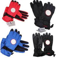 guantes de invierno para adultos al por mayor-Canada Brand Down Finger Gloves Guantes de invierno impermeables a prueba de viento Guantes de ganso Guantes de esquí gruesos y cálidos para adultos Mujeres Hombres C9502