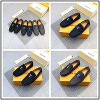 nuevas zapatillas italianas al por mayor-18ss Recién llegado, las mejores zapatillas de mocasines italianos con zapatos de vestir con hebilla dorada, fiesta y zapatos de boda en Men't Flats