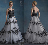Black and White Wedding Dresses 2020 Vintage Retro Mary's Bridal with V Neck and V Back Appliques Tulle A-Line Garden Gothic Wedding Gown