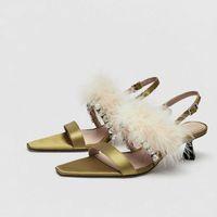 хрустальные перышки оптовых-Womens Silk Satin Rhinestones Crystal Feather Fur Decor Peep Toe Stilettos Mid Heel Pumps Slingbacks Shoes Sexy A639