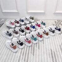 ingrosso borsa bianca della pelle bovina-alexander mcqueen nuovo marchio di moda maschile e femminile in pelle di moda grande piattaforma Alexander per aumentare le scarpe sportive di alta qualità mcqueens scarpe da uomo