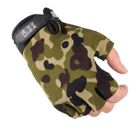 Wholesale spring skiing gloves resale online - Thin Mittens Outdoor Sports Gloves Bodybuilding Half Finger Men Camouflage Wear Resisting Non Slip Multi Color dxf1