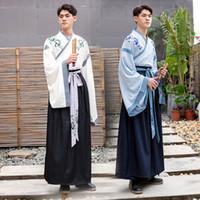 eski kostümler toptan satış-HanFu Erkekler Çince Geleneksel Kostüm 2019 Erkek Nakış Iki parçalı Takım Tang Eski Giysiler Erkek Beyaz Cosplay