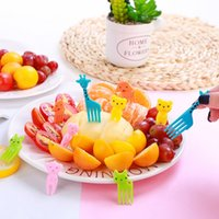 bento meyvesi toptan satış-Plastik Çocuk Bento Sopa Sevimli Mini Meyve Çatal Çocuk Tema Parti Dekoratif Meyve Çatal 100 Lots DHL