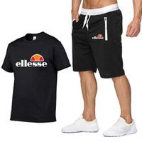 yuvarlak yaka takım toptan satış-gündelik koşu pantolon erkek takım elbise ile Tasarımcı yaz gömlek + şort erkek spor giyim erkek yaka yuvarlak boyun kısa kollu kazak