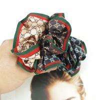adornos de moda para las niñas al por mayor-Las bandas de goma elástico de las mujeres de pelo Carta joyas de moda Impreso cabello femenino al aire libre Adorno de pelo portátiles cubierta niñas