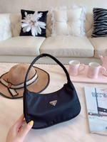 koltukaltı çantaları toptan satış-Yeni Mini hilal Çanta Omuz Çantası Oxford naylon koltuk altı hamur tatlısı Çanta Omuz Çanta değişim bayan çantası