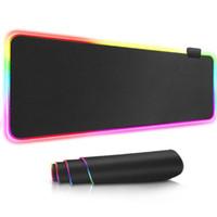 estera de ratones al por mayor-RGB Gaming Mouse Pad USB RGB Resplandecedor de gran tamaño Mouse Pad Iluminación colorida Gaming Keyboard Mat para PC portátil de escritorio