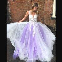 vestido de coral línea de encanto al por mayor-Barato encantador vestidos de noche sexy cuello en V apliques de encaje de tul gasa tren de barrido blanco púrpura una línea vestidos de baile envío gratuito vestidos