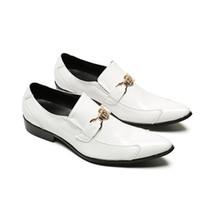 weiße schuhe gold schnallen männer großhandel-Echtes Leder Reine Weiße Männer Italienische Müßiggänger Mode Gold Schnalle Decor Oxford Hochzeit Schuhe Mann Formale Slip On Schuhe Zapatos