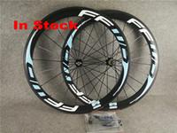 rodas clincher azul venda por atacado-Em estoque luz azul FFWD Carbono Rodas de Estrada de Bicicleta fosco superfície brilhante Novatec carbono clincher rodado