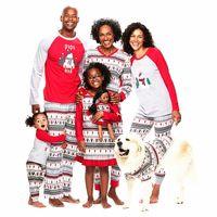 семья устанавливает одежду оптовых-Семья Гирс Мальчик Рождество Пижама Одежда наборы Дети с длинным рукавом Рождественский олень печать набор одежды отца мать детей Детское