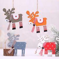 ingrosso pittura d'alce-Caldo casa Festive albero di Natale decorazioni in legno dipinto a Elk Xmas Party Ciondolo Decor Deer pendenti di decorazione di Natale per la casa