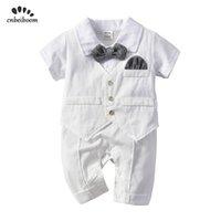 ingrosso vestito bianco del pagliaccetto dei neonati-Baby Boy Pagliaccetti Bianco Gentleman Tie Abiti Newborn Pagliaccetto Vest Cotone Tuta Infantile Bambini Compleanno Festa di nozze Vestiti 2019 J190523