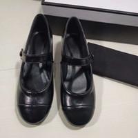 Wholesale black shoes low silver heels resale online - Black Low Heel Women Sandals Classic Buckle Strap Chunky Heel Shoes Luxury Designer Felmale Sliver Patent Leather Wedding Party Sandals