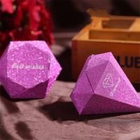 caja de caramelos en forma de diamante al por mayor-Forma de diamante de la boda Caja de dulces Los mejores deseos Rojo Púrpura Cajas de regalo Festival de papel de cebolla dorada Caja de embalaje creativo 0 36wyD1