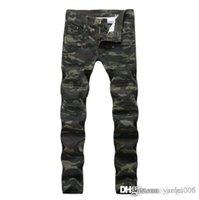 camouflage hosen männer schlank großhandel-Mode Jeans europäischen und amerikanischen Männer Jeans Camouflage Plissee Nähen Hosen Slim casual kleine gerade Jeanshose