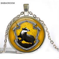 ingrosso collana del pendente degli stili di harry-8 Styles Hogwarts Serpeverde Crest Harry Ciondolo Collana Gioielli in vetro Cabochon regalo