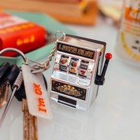 spielkonsole großhandel-Glück Obst Maschine Anhänger Schlüsselbund Kind Spiele Nostalgisch Klassische Kindheit Erinnerungen Handheld Spiel Spieler Mini Spielkonsolen