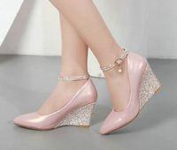weißer keilriemen spitze ferse großhandel-Schwarz rosa weiß Keil Schuhe für Frauen Keile hochhackigen Knöchelriemen Pumps Spitz elegante Hochzeitsschuhe Damen 2019