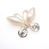 Wholesale fashion butterfly brooch for sale - 30pcs a New Fashion high quality rhinestone pearl butterfly Animal Brooch Pin for gift party