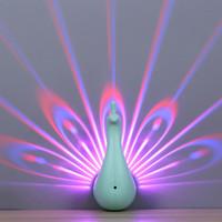 productos de decoración de iluminación al por mayor-Nuevo producto Led Peacock Night Light Lámpara de pared Lámpara de proyección para el dormitorio Lado del fondo Canal Escalera Romántica Lámpara de decoración del hogar