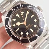 mavi saat kırmızı toptan satış-Yeni Lüks İzle M79230 Otomatik Hareketi Paslanmaz Çelikler Bant Kırmızı Mavi Siyah Spor Erkek Erkek İzle Saatler