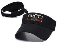 moda siperlikleri toptan satış-Açık Kadın Visor Güneş Şapka Kadın Güneş Kremi Yaz Spor Tenis Kap Moda Lady Seyahat Plaj Boş Üst Şapka Erkekler Yeni Tasarımcı lüks Sunhat