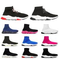 черный блеск холст обувь женщины оптовых-2019 мужчины женщины дизайнер носки обувь холст кроссовки мода скоростной тренажер тройной черный красный блеск квартиры мужские кроссовки бегуны спортивная обувь