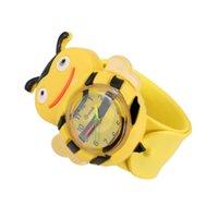 bofetadas para niños al por mayor-La nueva manera digital para niños Slap Watch amarillas Abeja Relojes lindo da una palmada para niños y regalo LXH
