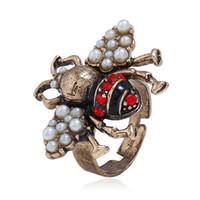 anéis bonitos abertos venda por atacado-Atacado de Luxo Tridimensional Personalidade Inseto Anel Ajustável Bonito Abertura Da Abelha Liga Anel De Cristal De Pérola Moda Temperamento Das Mulheres