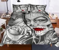 skull bedding toptan satış-Kafatası ve Güzellik Yatak Seti Nevresim Yastık Kılıfı Yatak Seti Güzellik Gül Baskı Siyah Yatak Örtüsü Yaratıcı Yatak Seti