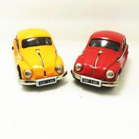 böcek model arabalar toptan satış-Yetişkin Koleksiyonu Retro Rüzgar up oyuncak Metal Teneke Beetle araba Mekanik oyuncak Clockwork oyuncak figürleri modeli çocu ...
