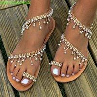 el yapımı bayanlar sandaletler toptan satış-Yeni El Yapımı inciler düz topuklu kadın moda tasarımcısı plaj sandalet bayan rahat ayakkabılar 3 renkler no1830
