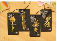 leitura de marcadores venda por atacado-Marcadores de ouro Criativo com cartão de Metal livro marca Elegante Clipe De Papel folha chave forma marcadores adorável ajuda de leitura bookmark 4 estilos