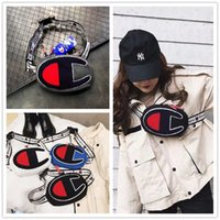 ingrosso una borsa a tracolla-Ricamo Champions One-Shoulder Bag Unisex Marsupi Cintura Vita Borse Moda Uomo Donna Viaggi Shop Hip Hop Croce Corpo ChestBag HOT C3157