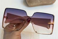 metal çerçeveler takılar toptan satış-4813 Bayan Marka Tasarımcı Güneş Gözlüğü Büyük kare çerçeve metal Gözlük büyüleyici zarif stil ile anti-UV400 lens eğlence gözlük ca