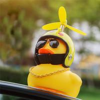 intervalos de luz venda por atacado-Pato do carro com Capacete Vento Quebrado Pequeno Pato Amarelo Estrada Bicicleta Capacete Do Motor Equitação Acessórios de Ciclismo Sem Luzes