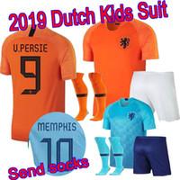 portakal boys gömlek toptan satış-Çorap göndermek 18 19 Hollanda çocuklar kiti jersey Hollanda Turuncu ev futbol gömlek DE VRIJ VIRGIL V. Persie erkek set STROOTMAN MEMPHIS futbol