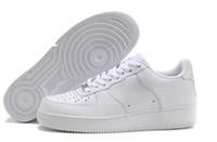 ingrosso una scarpa da donna sportiva-Nike Scarpe da skateboard da uomo classiche nuove da uomo classiche da donna Scarpe da skateboard sport bianco nero Eur 36-46 Spedizione gratuita