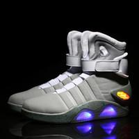 yüksek üst led ayakkabı toptan satış-LED Gelecek asker ayakkabı aydınlık erkek ayakkabıları moda led ayakkabı Air Mag kaliteli sınırlı sürüm Geri