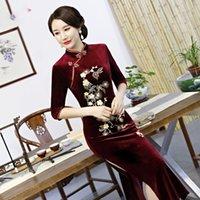 chinês longo cheongsam mais tamanho venda por atacado-Exquisite Flor Bordado Mulheres Qipao Inverno Quente Velvet Cheongsam clássico elegante Magro Long Chinese Vestido Plus Size