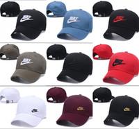 ingrosso ricamati i cappelli di snapback personalizzati-2019 Nuovo Snapback Cap Cappello da baseball per uomo Donna Casquette Sport Hip Hop Mens Womens Basket Cap regolabile Buona qualità osso gorra Cheap